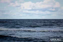 Светлогорская набережная, Калининградская область. Светлогорск, волны, балтийское море, променад, волнолом, волнорез