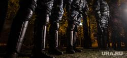 Третий день протестов против строительства храма Св. Екатерины в сквере у театра драмы. Екатеринбург, силовые структуры, протест, оцепление, сквер на драме, омон