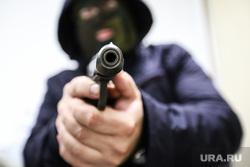 Клипарт. Криминал. Курган, убийство, стрелка, оружие, бандитизм, терроризм, балаклава, пм, преступление, прицел, выстрел, ограбление, ауе, банда, криминал, разбой, киллер, разборки, заказное убийство, наемный убийца, пистолет калашникова, молодежная банда, терракт, дуло пистолета