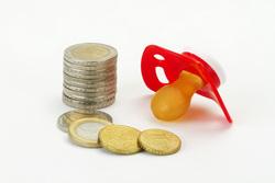 Клипарт depositphotos.com, мелочь, материнский капитал, социальное пособие, детские пособия, детская соска, материальная выплата