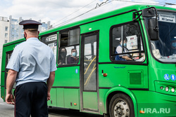 Проверка соблюдения масочного режима водителями. Екатеринбург, автобус, общественный транспорт, маршрутка, маршрут42
