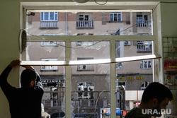Последствия ночного обстрела Степанакерта. Нагорный Карабах, детский мир, товары для детей