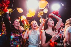 Караоке Баттл 6. Екатеринбург, веселье, воздушные шарики, вечеринка, ночной клуб, толпа ликует, праздник