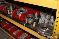 Курганский машиностроительный завод  (КМЗ) , кмз, детали двигателя