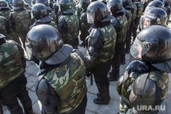 Празднование первого Дня войск Национальной гвардии. Тюмень, спецназ, каски, внутренние войска, полиция, росгвардия, национальная гвардия, силовики, омон, шлемы, броня, оцепление, космонавты