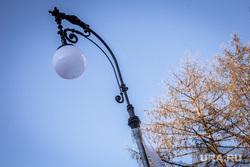 Реконструкция сквера около Оперного театра. Екатеринбург, фонари освещения