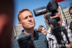 Митинг Либертарианской партии против пенсионной реформы. Москва, протестующие, видеокамеры, навальный алексей, митинг, протест