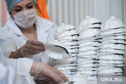 Респираторный цех на производственном предприятии «Уралспецзащита». Свердловская область, Полевской, защита, респиратор, респираторная маска, маска на лицо, производство, covid-19, covid19, коронавирус, респираторный цех, изготовление респираторов