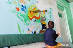 Клипарт по теме Поликлиника. Больница. Челябинск, ребенок, телефон, рисунок, дети, мальчик, здоровье, детская поликлиника, детская больница