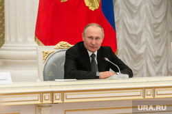 Встреча Владимира Путина с рабочей группой по внесению поправок в Конституцию РФ. Москва, путин владимир