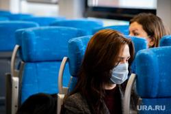 Завод «Уральские локомотивы». Екатеринбург, ласточка, пассажир, медицинская маска, защитная маска, ржд, маска на лицо, поезд, пассажир в маске, противоэпидемические меры