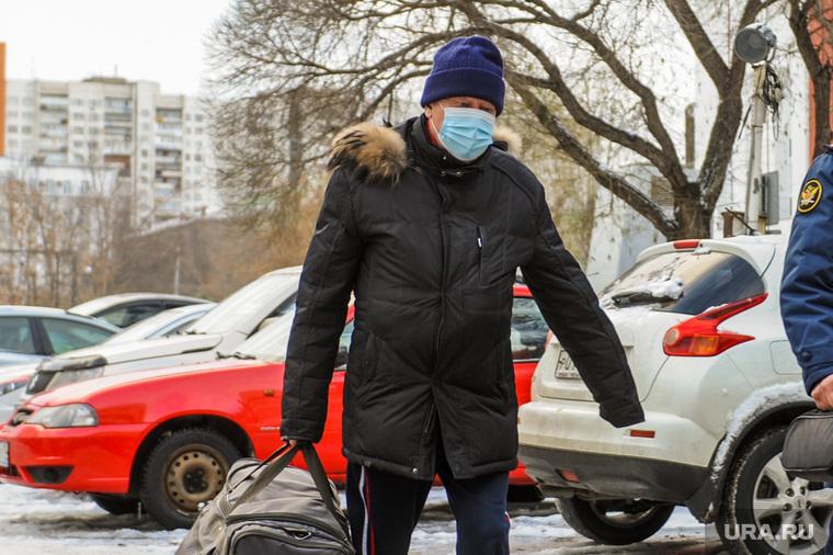 Евгений Тефтелев идет на приговор в суд Центрального района. Челябинск