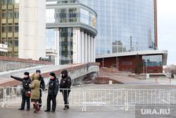 Екатеринбург перед приездом первых лиц, заксобрание свердловской области, ограждение