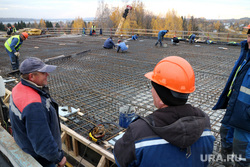 Строительство второй очереди моста через Чусовую. Пермь, рабочие, стройка, мост через чусовую