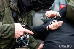 Учения СОБР и кинологической службы таможни на территории Белоярского района. Свердловская область, силовики, пистолет, преступник, антитеррор, огнестрельное оружие, собр, наручники, задержание, криминал, кто, контр-террористическая операция