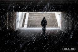 Снегопад. Екатеринбург, снег, зима, первый снег, свет в конце тунеля, поздняя осень, снегопад, подземный переход