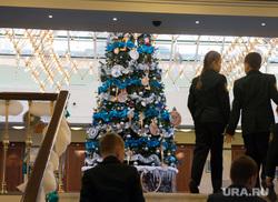 Украшения на резиденции губернатора Свердловской области. Екатеринбург, елка, детский праздник, новый год