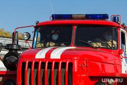 Учения на очистных сооружениях. Магнитогорск, мчс, пожарный автомобиль, защитные маски