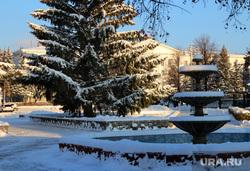 Город после снегопада Курган, снег, фонтан, зима