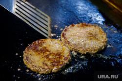 Новая бургерная Volk Burgers. Екатеринбург, еда, говядина, котлета для бургера, жарка котлеты