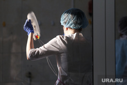 Депутат областной думы Александр Ильтяков в центре переливания крови. Курган , медсестра, лаборатория, процедурный кабинет, мед кабинет, плазма крови