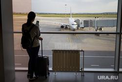 Зал ожидания аэропорта «Кольцово». Екатеринбург, аэропорт, туризм, ожидание, багаж, полет, телетрап, аэрофлот, чемодан, авиалайнер, пассажиры, ручная кладь, авиакомпания, туристы, взлетное поле, боинг 737-800, vq-bhw, федор плевако, пассажирский рукав, перелет