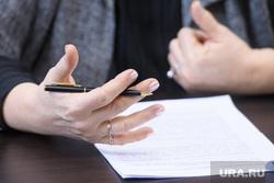 Интервью с Татьяной Николаевой. Екатеринбург, ручка в руке