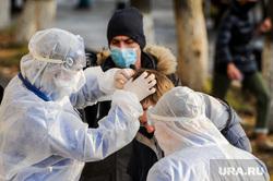 Последствия взрыва кислородной станции в госпитале на базе ГКБ№2. Челябинск, первая помощь, раненый, пострадавший, врачи, медики, доктор, противочумной костюм, защитные костюмы