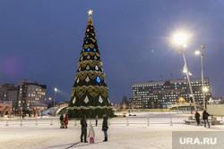 Новогодняя Пермь, декабрь 2020, г. Пермь, новогодняя елка