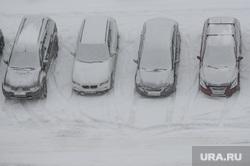 Снегопад. Челябинск, зима, машины в снегу, снегопад, парковка, метель, климат, погода