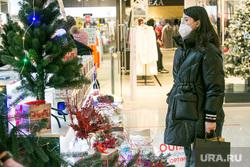 Новогодняя ярмарка в ТЦ Кристалл. Тюмень, подарки, покупатели, ярмарка, покупки, новый год, новогоднее оформление, новогодняя ярмарка, новогодние подарки, новогодний подарок, посетители тц