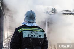 Пожар памятника архитектуры по ул. Семакова 8. Тюмень, мчс, дым, пожар, пожарные