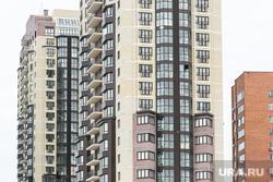 Окраины, дома, дороги. Тюмень, многоэтажный дом, многоэтажки, окна дома