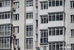Дети. Пенсионеры. Курган, многоэтажный дом, квартиры, многоквартирный дом, многоэтажка