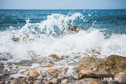 Крым., черное море, волны