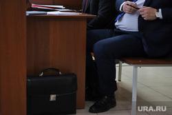 Судебное заседание по уголовному делу бывшего главы Кетовского района Носова Александра. Курган, депутат, чиновник, портфель, документы, деловой костюм