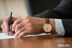 Кировградский завод твердых сплавов, вип часы, пельц александр, vacheron constantin geneve, ручка в руке