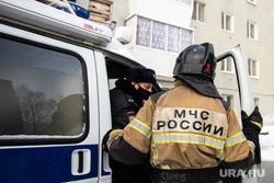 Последствия пожара в девятиэтажном жилом доме на улице Рассветная. Екатеринбург, мчс, полиция, последствия пожара, улица рассветная