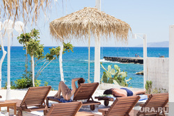 Греция. Крит., море, зонт, курорт, греция, лежак, отдых