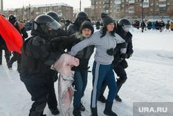 Несанкционированный митинг на площади Народных гуляний. Магнитогорск, магнитогорск, митинг, задержание, омоновцы