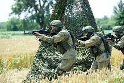 Клипарт, официальный сайт министерства обороны РФ. Екатеринбург, автомат, солдаты, оружие, спецоперация