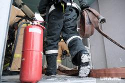 Пожарно-тактические учения МЧС на территории ТЦ ГиперСити. Курган, мчс, огнетушитель, учения мчс, пожарные