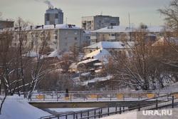 Мороз. Курган, снег, многоэтажный дом, мост, частный дом, река битевка, цпкио курган, зима, погода, холод, низкая темепература
