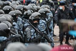 Митинг в поддержку оппозиции на Пушкинской площади. Москва, силовики, дубинка, митинг, демонстрация, омон, омоновцы