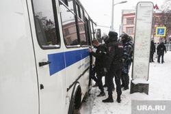 Несанкционированная акция в поддержку оппозиционера. Москва, автозак, силовики, протестующие, митинг, росгвардия, протест, навальнинг, винтилово, омон, хапун, задержание актививстов