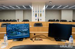 Зал Думы города после ремонта. Сургут, экран, дума сургута, монитор, думский зал