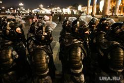 Несогласованная акция протеста после объявления приговора оппозиционеру-блогеру. Москва, полиция, росгвардия, протест, манежная площадь, омон, несогласованная акция