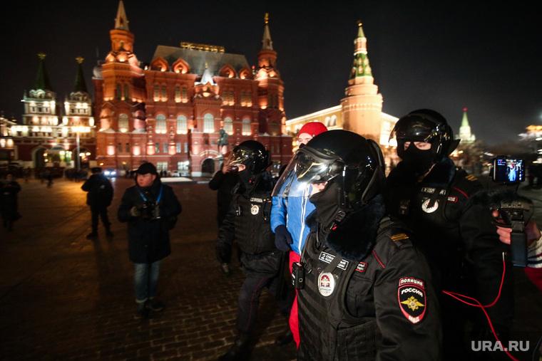 Обстановка на Манежной площади, где сторонники Алексея Навального планируют провести акцию протеста. Москва