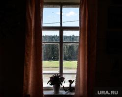 Музей старообрядчества в селе Роща. Свердловская область, Шалинский район, деревня, окно