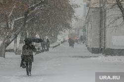 Город в снегу. Курган, снегопад, ветер, пурга, снег в городе